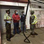 Ejército y Carabineros fiscalizan toque de queda en Pelluhue
